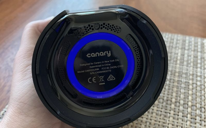 bottom of canary pro showing blue light circle