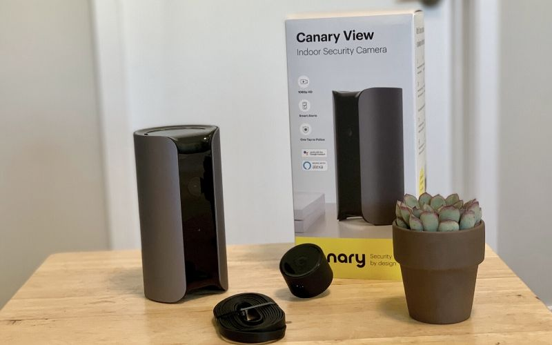 canary view equipment on table