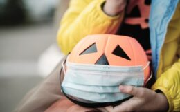 Trick-or-treat jack-o-lantern bucket with face mask