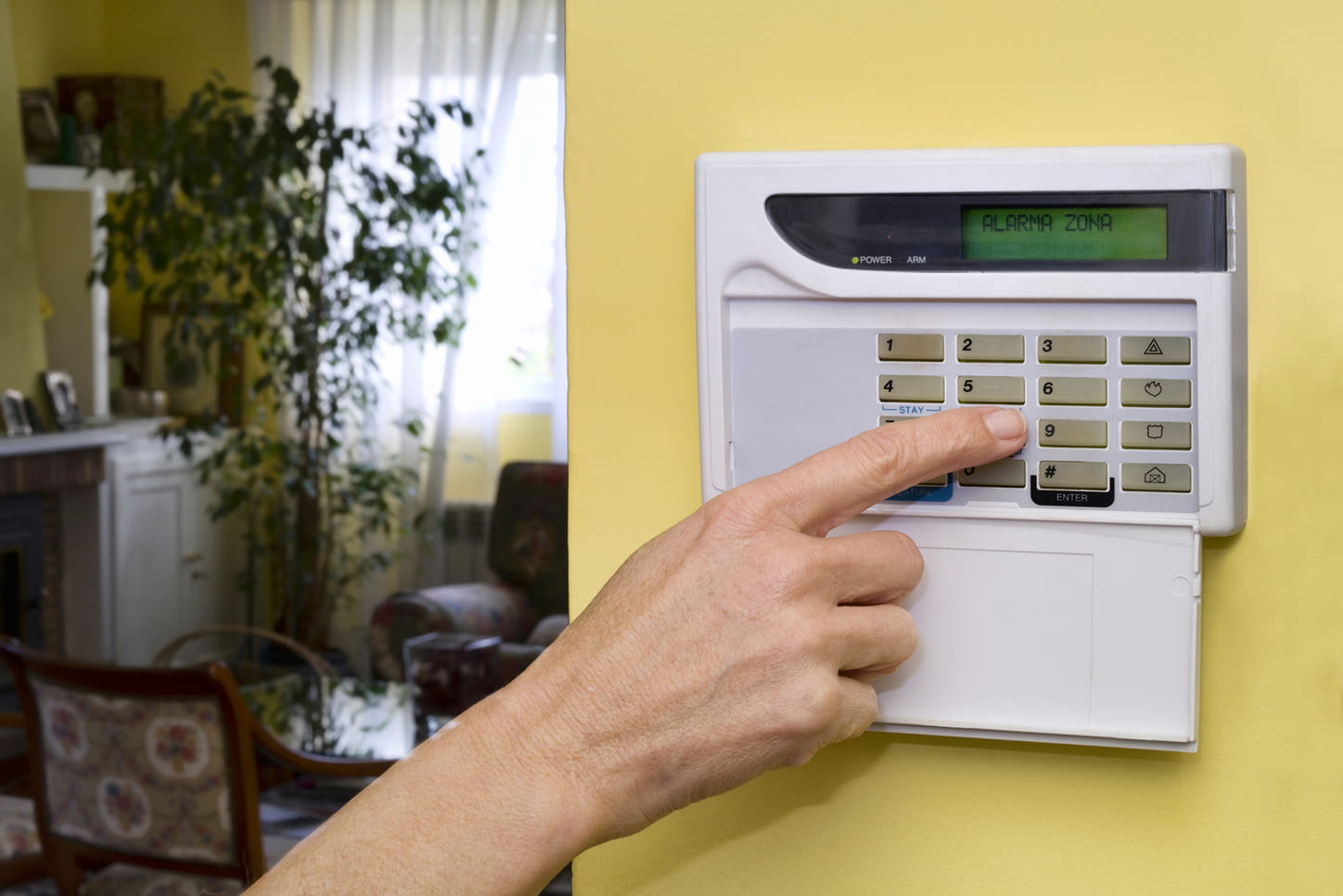 8 Easy Ways to Prevent Home Security False Alarms | SafeWise
