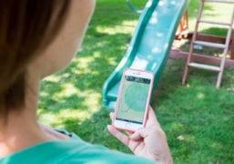 Kids GPS Cell Phone Outside Tracking Mobile App