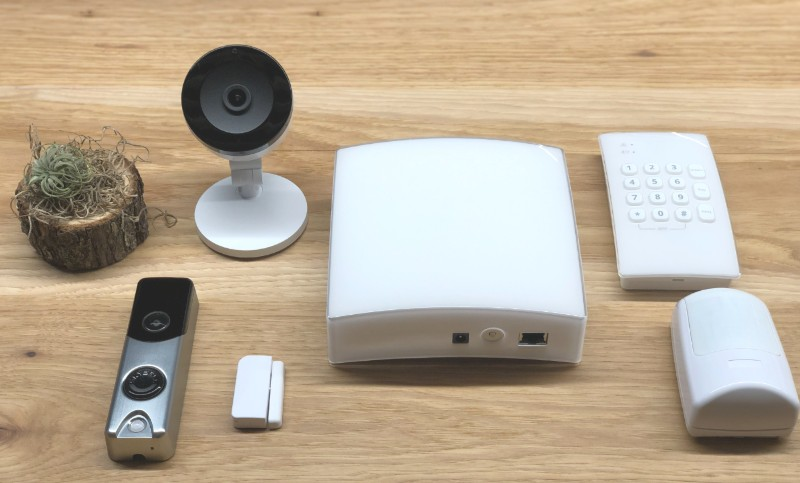 Frontpoint home security system unboxed