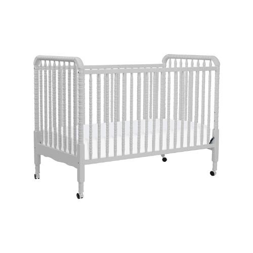 davinci jenny baby crib