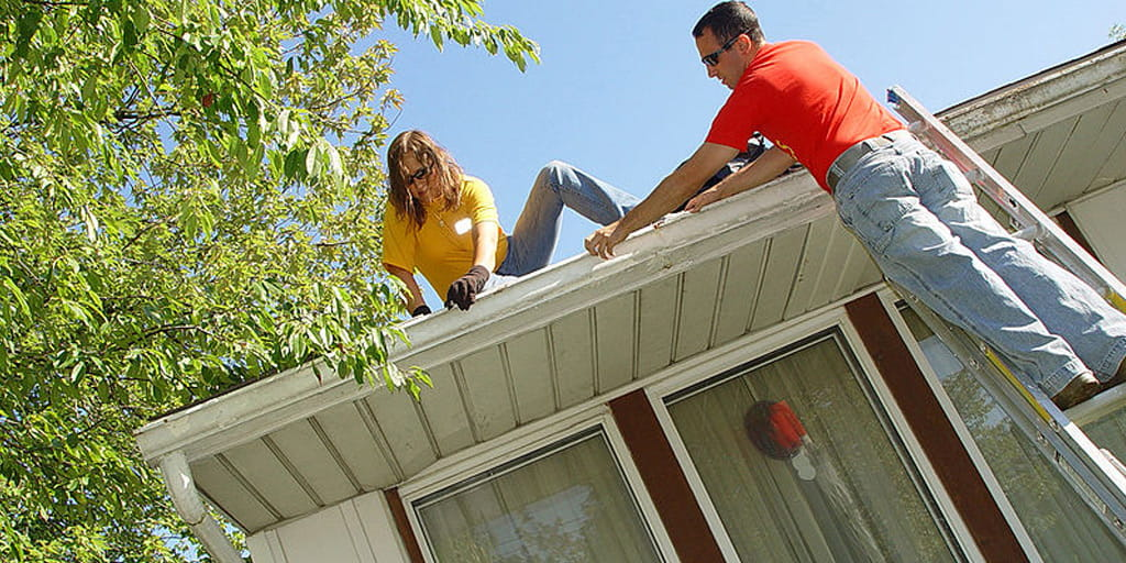 clean your gutters to prepare for winter