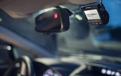 dash cam mounted on front car window